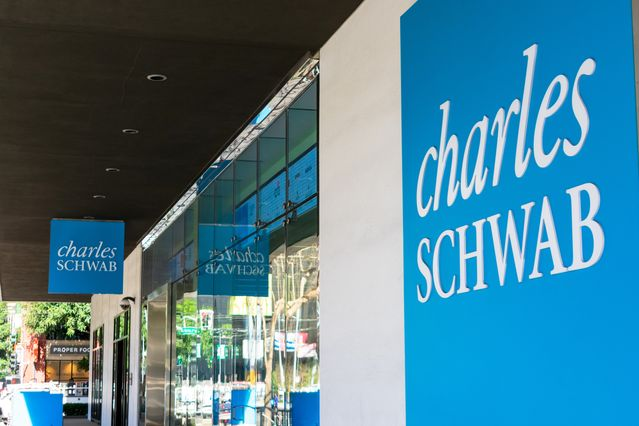 Schwab Raises Fees for Buying Fidelity and Vanguard Funds